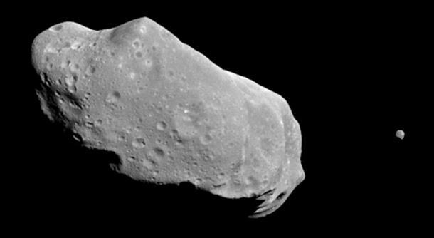 Photo of Asteroid sa crnom piramidom leti prema Zemlji