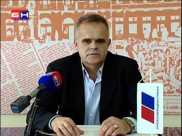 Mitrović optužuje SDS da ruši SNS
