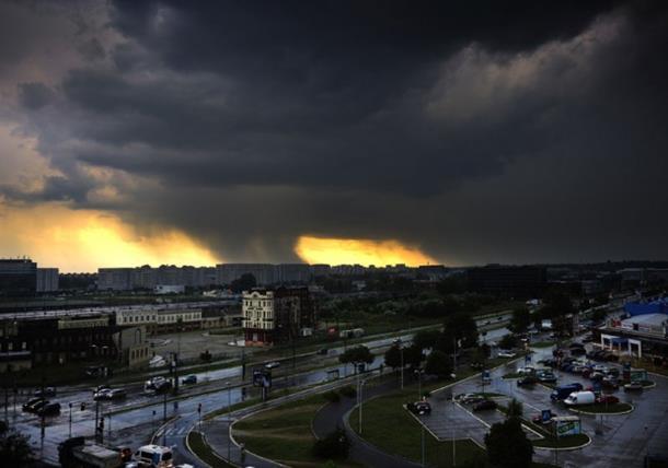 METEROLOZI UPOZORAVAJU: Kiša, grad i olujni vjetar
