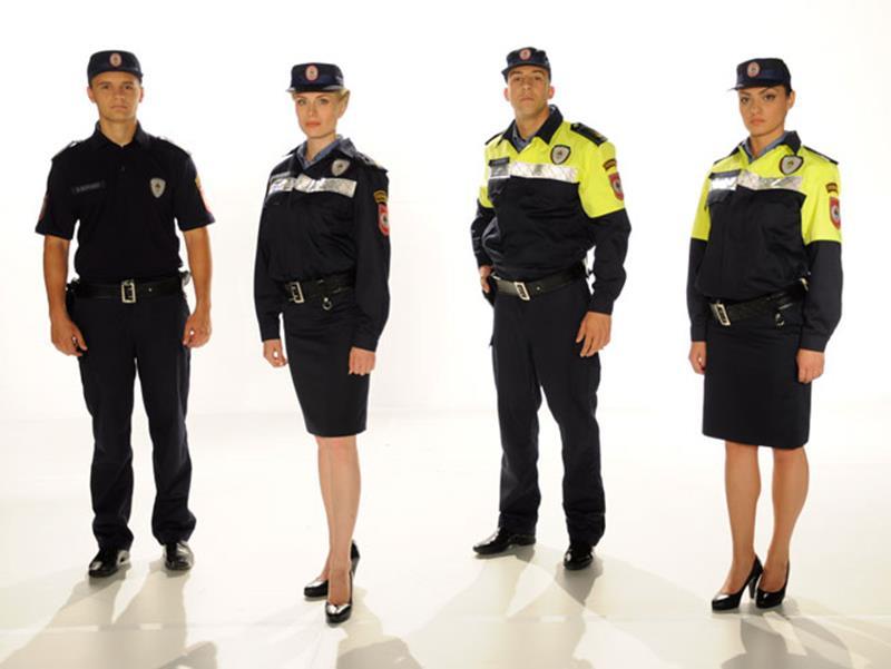 Photo of Policija Srpske u novim uniformama (foto)