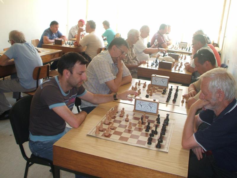 """Photo of Memorijalni šahovski turnir """"Boro Vukajlović"""" u Zvorniku: Pobjednik Miodrag Savić"""