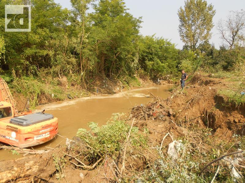 Photo of Počelo čišćenje korita rijeke Sapne
