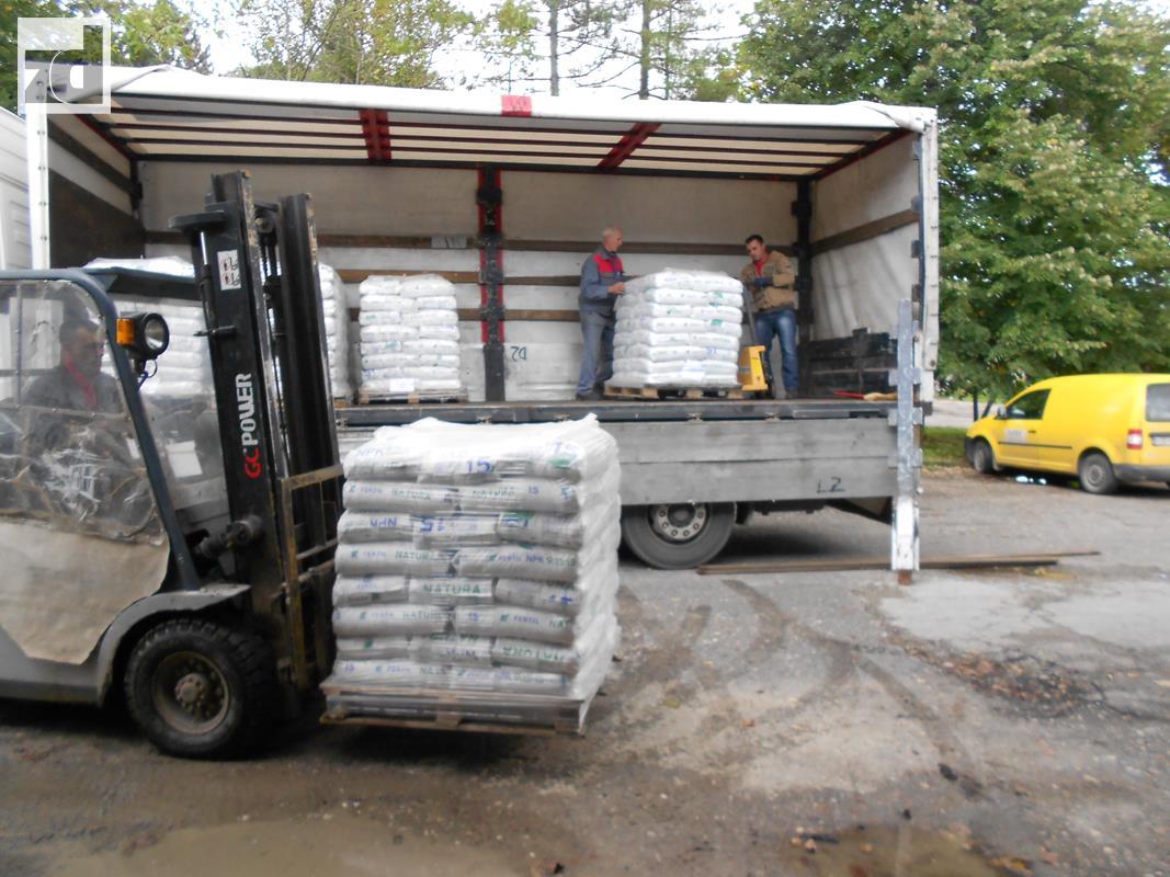 Photo of Za 40 poljoprivrednika donirani sjemenska pšenica i mineralno đubrivo