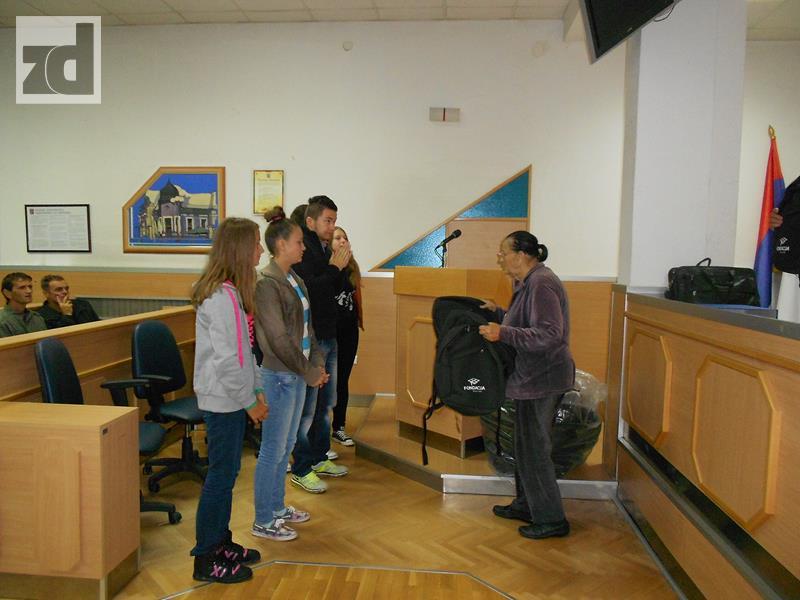 """Photo of Fondacija """"Hastor"""" stipendira 31 učenika"""