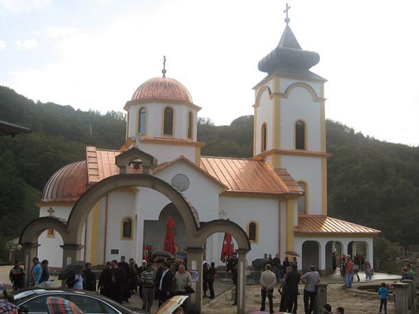 Obnovljen hram Svetog oca Nikolaja