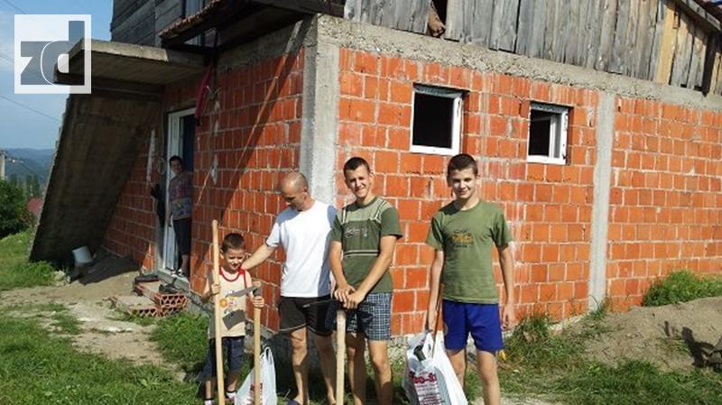 """Photo of Aktivnosti Udruženja porodica sa četvoro i više djece """"Naši anđeli"""""""
