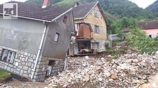 Photo of Obnova 8 poplavljenih kuća