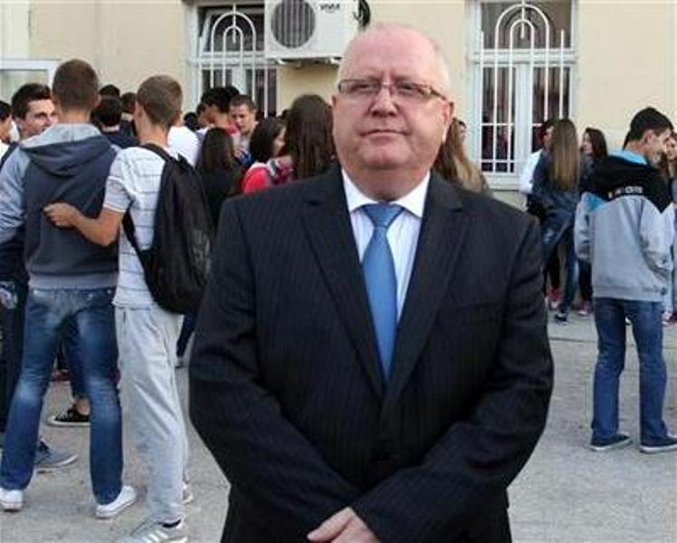 Photo of Komić: Ulaganje u nauku je investicija za budućnost