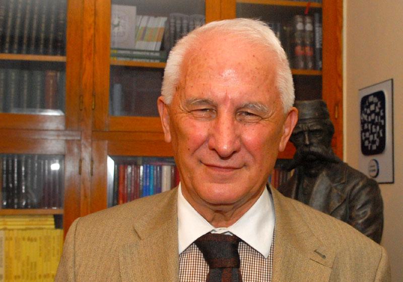 Photo of Bećković: Glasajte za RS i ne tražite pogače preko RS