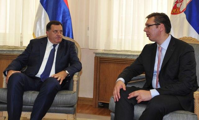 Dodik i Vučić danas zajedno pred novinarima
