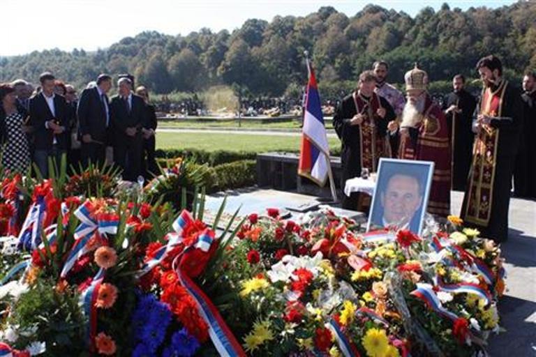Photo of Obilježeno sedam godina od smrti Milana Jelića (foto)