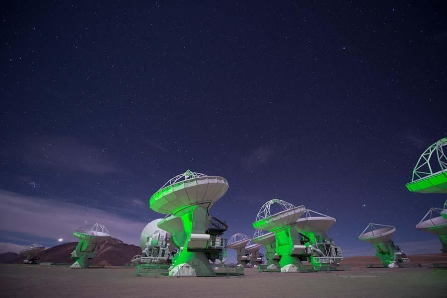 """Photo of U dalekom svemiru otkriveni """"molekuli života"""""""
