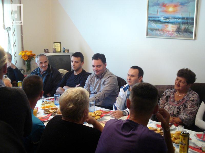 Staša Košarac posjetio Tilavu, Klek i Petroviće (foto)