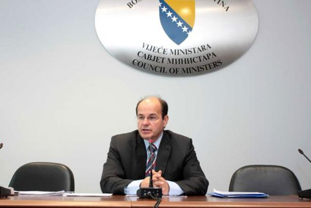 Photo of Adil Osmanović novi mandatar?