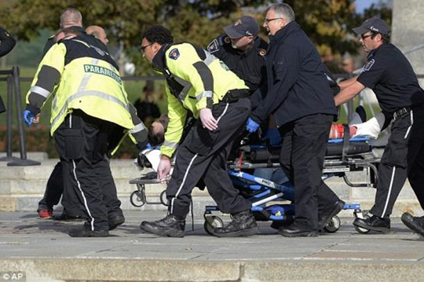 Policija ubila napadača koji je upao u kanadski parlament i pucao