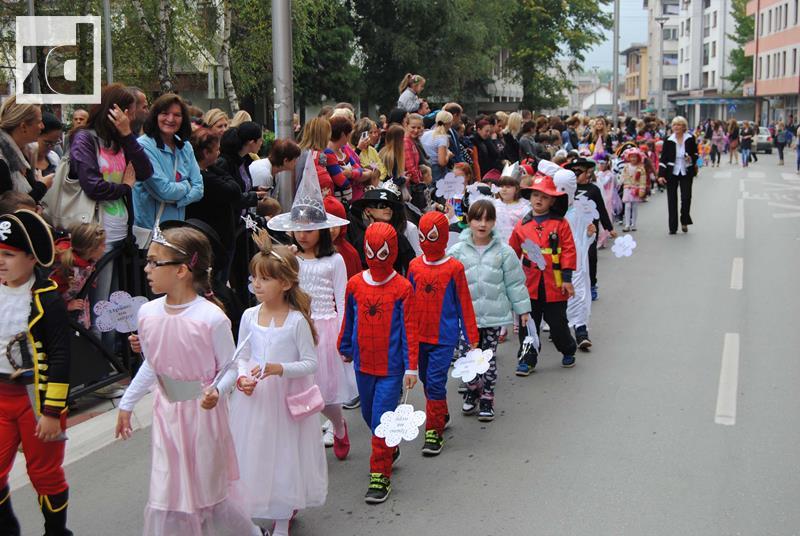 Photo of Dječija nedjelja: Najmlađi izazvali pažnju Zvorničana (foto)