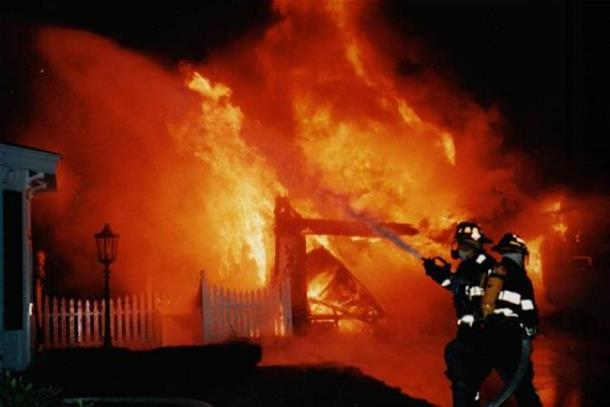 Vatrogasci sinoć ugasili dva požara