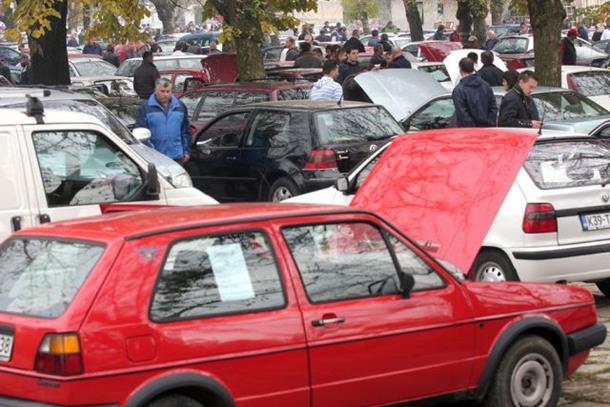 Starija vozila poskupljuju, a uvoz novijih pada