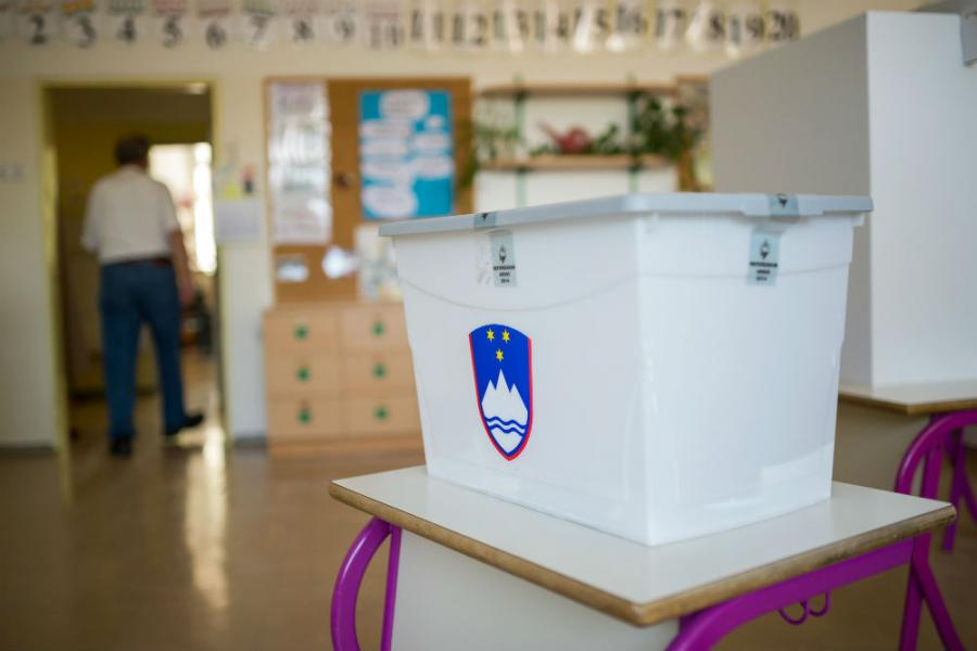 Slovenci danas na biralištima