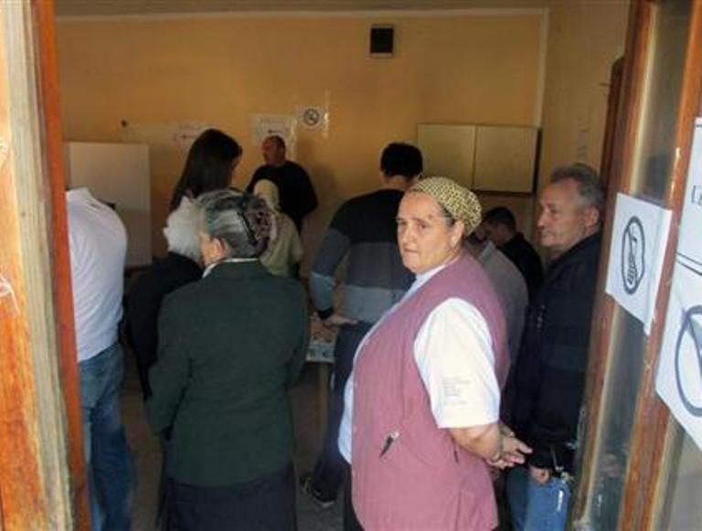 Do 15.00 časova glasalo 37,4 odsto birača