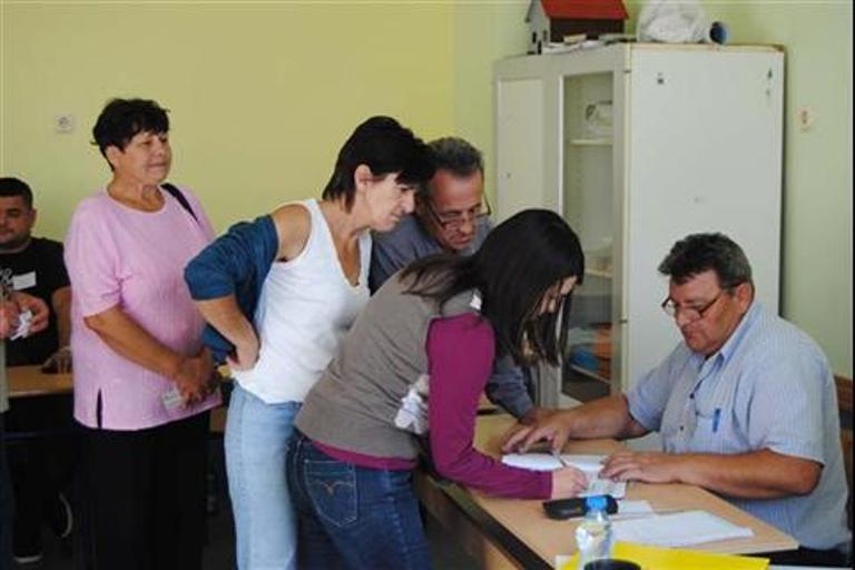 Photo of Zvornik: Do 15 časova glasalo 38,7 birača
