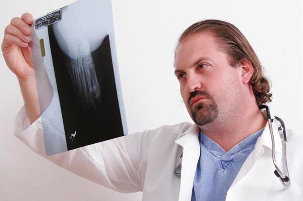 Čekanje na operacije u RS deset puta kraće
