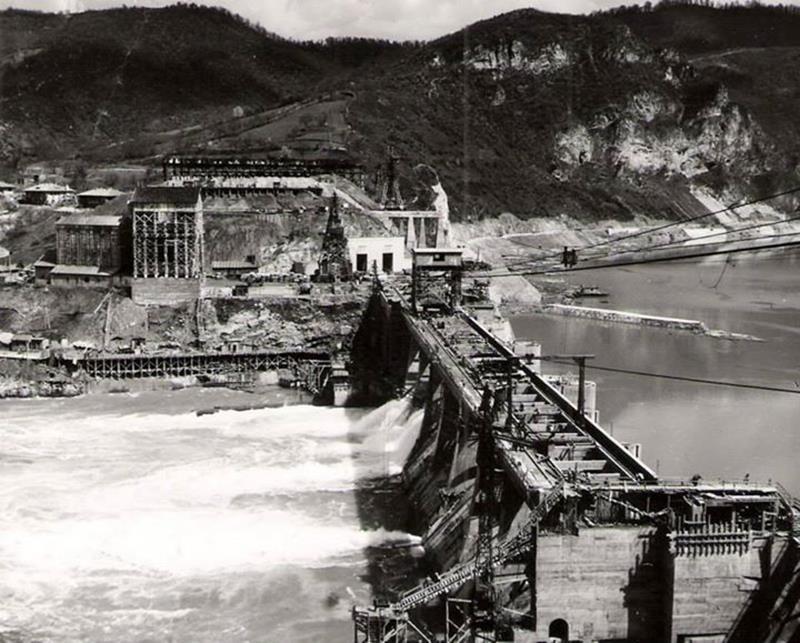Photo of Pogledajte kako je izgledala izgradnja Hidroelektrane Zvornik (foto)