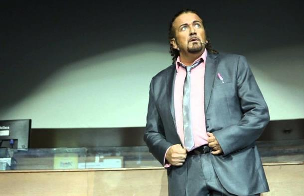 Monodrama ''Đevrasim Cvijan za presjenika'' pred zvorničkom publikom