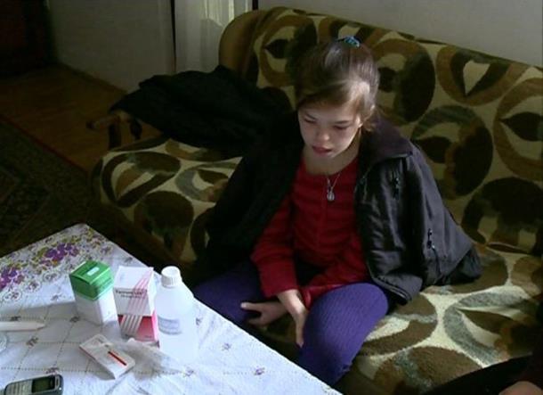 Četrnaestogodišnjoj Nikolini iz Janje potrebna pomoć