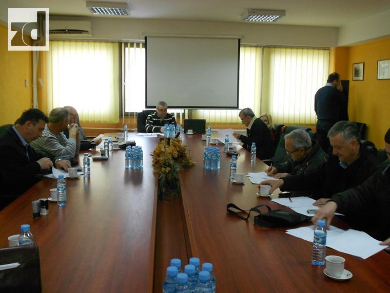 Photo of POSAO ZA 51 PRIPRAVNIKA: Potpisani ugovori sa poslodavcima
