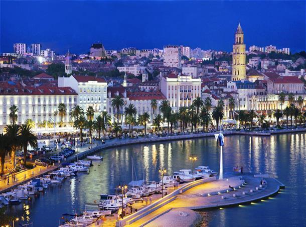 U Splitu sinoć 19 stepeni Celzijusovih