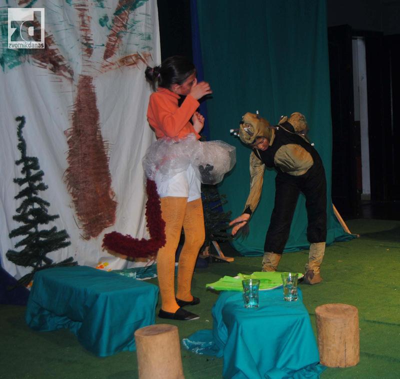 """Photo of Zvornik: Dodijelom priznanja zatvoren festival dječijeg pozorišta """"Zvono"""""""