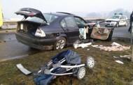 Četvoro povrijeđenih u sudaru auta i autobusa