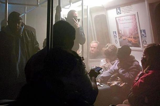 Photo of Evakuisana stanica metroa u Vašingtonu, jedna osoba poginula