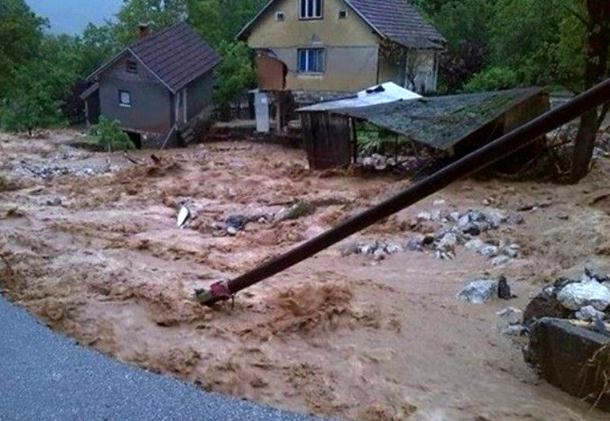 """Blokada """"nebeskih vjetrova"""" iznad BiH dovela do katastrofalnih poplava 2014. godine"""