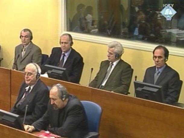 Oficirima VRS potvrđene osuđujuće presude za Srebrenicu