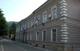 Opština Zvornik donijela pravilnik o nagrađivanju osnovaca i srednjoškolaca