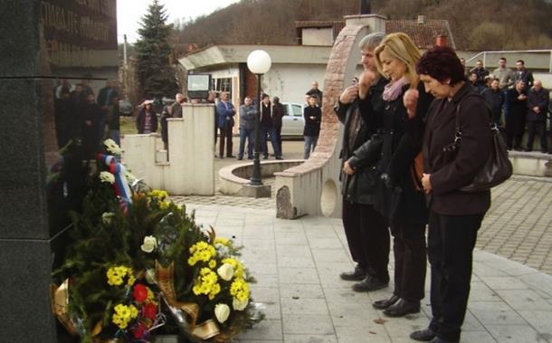 Photo of Bratunac: Zločinci izmiču pravdi