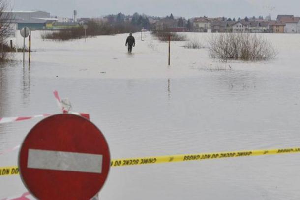 Obilne padavine prijete novim poplavama u cijeloj BiH