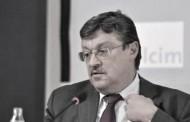 Preminuo profesor Predrag Simić