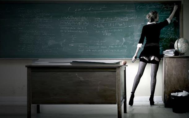 POHOTNE PROFESORKE: Evo zašto imaju seks s učenicima!