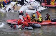 Zastrašujuće: Avion sa 58 putnika udario u most i pao u rijeku, ima mrtvih