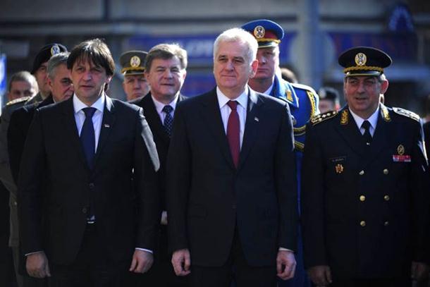Nikolić uručio odlikovanja povodom Dana državnosti