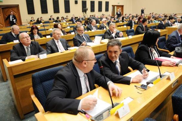 Golićeva i Kasipović izabrani za potpredsjednike Vlade RS