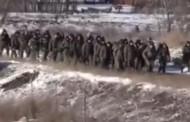 PAD DEBALJCEVA: Pogledajte masovnu predaju ukrajinskih vojnika