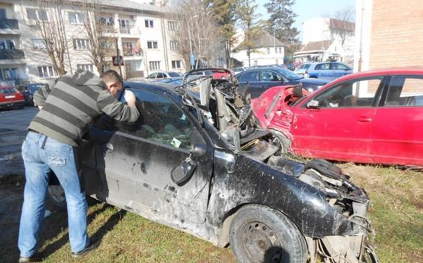Crni vikend na putevima Srpske: Poginuli vozač i dva pješaka