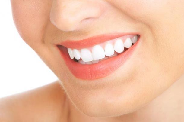 5 načina da uklonite zubni kamenac kod kuće