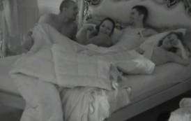 Parovi bludniče u spavaćoj sobi
