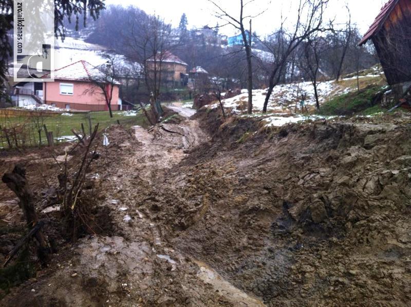 Photo of U klizištima u opštini Zvornik oštećeno oko 50 stambenih objekata