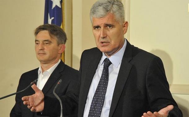 Photo of Komšić: Formirati vlast do petka